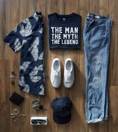 This outfit's got everything you need for the ideal summer day. Our blue, Slim-Fit Linen-Blend palm pattern button up, Slim-Fit Jeans, and Classic Sneakers can Retro Mode, Mode Vintage, Summer Outfits, Casual Outfits, Men Casual, Looks Style, Style Me, Outfit Grid, Dress Codes