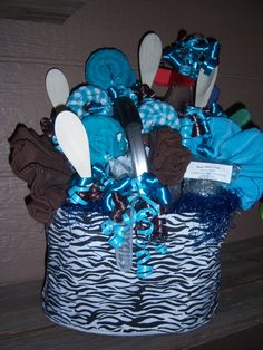 Kitchen gift basket! 4 dish rags, 4 dish cloths, small cutting board, 4 cup measuring cup, 3 votive candles, 3 handmade bars of soap, 3 bag clips all in a zebra market basket!!!!