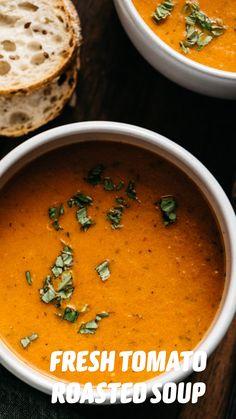 Roasted Tomato Soup, Tomato Soup Recipes, Healthy Soup Recipes, Vegetarian Recipes, Cooking Recipes, Autumn Food Recipes, Blended Soup Recipes, Summer Soup Recipes, Vegan Tomato Soup