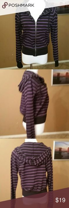 """Black and Purple striped hoodie Forever 21 100% Cotton Armpit to Armpit 20"""" Length from Shoulder to hem 20.5"""" Sleeve inseam 19"""" Forever 21 Sweaters"""