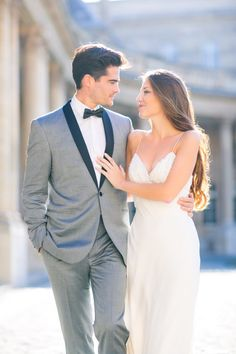 Romantic french elopement inspiration photos to replicate св Prom Picture Poses, Prom Poses, Couple Picture Poses, Couple Posing, Couple Pictures, Prom Photography Poses, Wedding Photography Styles, Portrait Photography, Corporate Photography