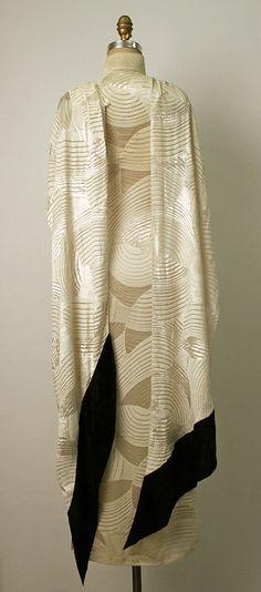 Like this. Deco-style.  Dress (Cheongsam), Evening  Date: 1930s Culture: Chinese Medium: silk