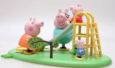 Tanti accessori e giocattoli della beniamina dei bambini Peppa Pig in promozione su PromoQui http://www.promoqui.it/offerte/peppa-pig