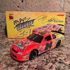 Jeff Gordon No. 24 DuPont/NASCAR Racers 1999 Monte Carlo 1:24 Die Cast Car