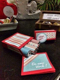 Mini caixinha de batons de chocolate