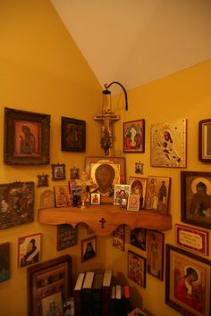 A beautiful icon corner + + + Κύριε Ἰησοῦ Χριστέ, Υἱὲ τοῦ Θεοῦ, ἐλέησόν με τὸν + + + The Eastern Orthodox Facebook: https://www.facebook.com/TheEasternOrthodox Pinterest The Eastern Orthodox: http://www.pinterest.com/easternorthodox/ Pinterest The Eastern Orthodox Saints: http://www.pinterest.com/easternorthodo2/