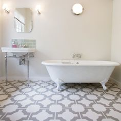 Parquet stone bathroom