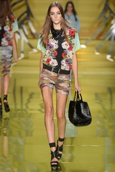 Cool. Defined.   Versace Spring 2014 Ready-to-Wear Collection Slideshow on Style.com