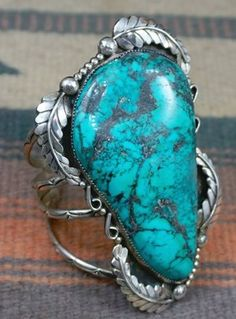 Item #830X- Super XLG Vintage Navajo Turquoise Leaves Decorative Collector's Cuff Bracelet
