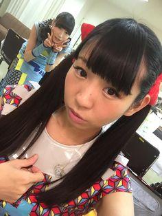 """藤咲彩音 Fujisaki Ayane (""""Pinky"""") and 古川未鈴 Furukawa Mirin - Dempagumi.inc / でんぱ組.inc"""