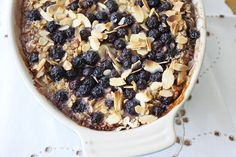 Healthy brunch recipe: Rhubarb, blueberry and almond baked oatmeal