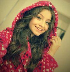 Dove Cameron, Disney Channel, Sou Luna Disney, Selena Gomez, Kylie Jenner, Photos Des Stars, Mike Singer, Cimorelli, Son Luna