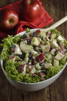 Ensalada Waldorf - Ill Tutorial and Ideas Veggie Recipes, Salad Recipes, Cooking Recipes, Healthy Recipes, Comida Diy, Deli Food, Good Food, Yummy Food, Food Porn
