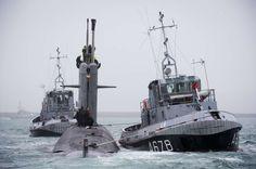 Le SNA Saphir quitte Brest - photo Marine nationale 12/11/2015 Sources : Marine nationale Le 10 novembre 2015, le sous-marin nucléaire d'attaque (SNA) Saphir a quitté le port de Brest après avoir passé plus d'un mois au bassin, le temps d'une indisponibilité pour entretien (IE), période qui s'est déroulée avec succès.