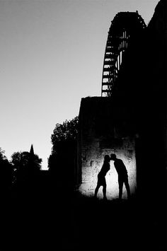 The wheel   www.dobleluz.com   #boda #amor #preboda #fotografos #sevilla #fotografosdeboda #fotografiaboda #fotosbodaespaña #wedding #love #light #photographers #seville #weddingphotographers #weddingphotography #weddingspain #fotografosbodaespaña #bestweddingshots #3lentescom #HuffpostIdo #weddinglovebug #bridebook #yourockphotographers #wheel