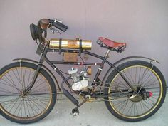 Moped Photo Gallery - 1915 style clip on motor kit bicycle