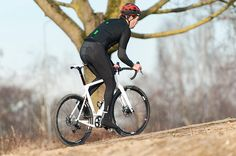 Can't remember the last time we had a bike as fun as the 3T Exploro. Check out the chainstays! | More images at Racefietsblog.nl