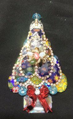 cdfa497cb06 All Glass Millefiori Vintage Rhinestone Christmas Tree Pin Brooch LaHeir    eBay Vintage Rhinestone, Brooch
