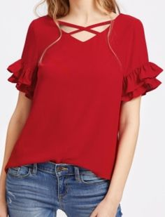Blouse Styles, Blouse Designs, Look Fashion, Fashion Outfits, Womens Fashion, Blouse Dress, Pretty Outfits, Chiffon Tops, Casual Outfits