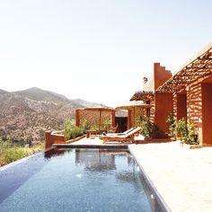 Kasbah Bab Ourika, Ourika, Marrakech-Tensift-Al Haouz, Maroc  / http://kasbahbabourika.com/    @clarissedemory