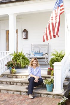A Day In the Life of Trisha Yearwood  - CountryLiving.com