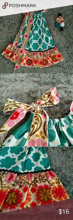 Pink/Green Pillowcase Dress Handmade Pillowcase Dress,new/never worn available in sizes Hair accessory included. Pillowcase Dresses, Bella Dresses, Little Girl Dresses, Sewing Crafts, Sewing Projects, Sewing To Sell, Slip Dresses, Handmade Dresses, Skirts