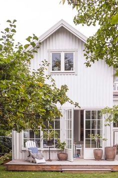 Stunning Farmhouse Cottage Design Ideas And Decor You Are Looking For Cottage Design, House Design, Exterior Design, Interior And Exterior, Swedish House, My Dream Home, Future House, Modern Farmhouse, Beautiful Homes