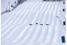 winter fun, snow tubing @ wintergreen ski resort, must fit this in to schedule next weekend :)