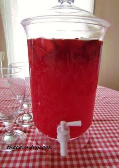 Add a flavored vodka- Sparkling Strawberry Punch 1 can (12 oz) frozen Strawberry Daiquiri concentrate, thawed 1 pack of Strawberry Kool-Aid 1, 2-Liter Ginger Ale (or 7-up) 1, 1-Liter strawberry sparkling water 1 bag of Frozen Sliced Strawberries (optional)