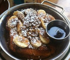 Banana Brioche French Toast at Volunteer Park Cafe.loved that it was served on a hot skillet, so parts were crispy, the vanilla orange ricotta filling was so light and delicious, and overall the perfect amount of sweetness. Brioche French Toast, Texas Bbq, Breakfast In Bed, Brisket, Skillet, Ricotta, Quiche, Breakfast Recipes, Sandwiches