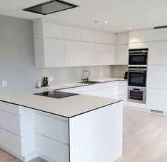Uplifting Kitchen Remodeling Choosing Your New Kitchen Cabinets Ideas. Delightful Kitchen Remodeling Choosing Your New Kitchen Cabinets Ideas. Nordic Kitchen, Scandinavian Kitchen, New Kitchen, Kitchen Decor, Kitchen Ideas, Kitchen White, Kitchen Furniture, White Kitchens, Scandinavian Modern