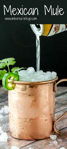 This Mexican Mule is fantastic! Had a delicious spicy kick from jalapeño and earthy herbal note from cilantro. Balanced out with orange and ginger liqueur and topped off with ginger beer and lime! Beer Recipes, Mexican Food Recipes, Cooking Recipes, Drink Recipes, Mexican Mule Recipe, Ginger Liqueur, Smoothies, Mexican Drinks, Mexican Buffet