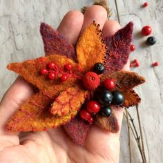 Felted brooch Fall - Handmade brooch - Needle felt pin- Felted brooch - Accessory - Gift for her - Autumn - Orange Pin - Orange red brooch by weaverbirdstore on Etsy Felt Flowers, Beaded Flowers, Fabric Flowers, Book Crafts, Felt Crafts, Craft Books, Brooches Handmade, Handmade Felt, Shibori