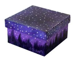 Snowy Night Sky Jewelry Gift Box Hand Painted by annarobertsart Wooden Box Crafts, Painted Wooden Boxes, Hand Painted, Diy Trinket Box, Wooden Memory Box, Pretty Box, Diy Box, Paper Decorations, Paint Designs