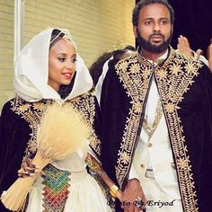 Traditional Day Sunday Habeshabrides shoutout  Congratulations to Habeshabride @danait_yejesus who married her soulmate  We love the latest trend of carrying a bouquet for the Melse/Melsi ! Photo courtesy of  @danait_yejesus habesha #wedding #moments #bride#groom #melse #melsi #kaba #bouquet #ideas #habeshabride #habeshabrides #habeshawedding