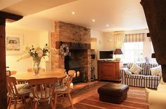 The Saltings is just a short stroll from The Quay, in the heart of Blakeney. This beautifully renovated property is ideal for a family escape. Read more. Beautiful Kitchen Designs, Beautiful Kitchens, Cottage Design, Cottage Style, Small Single Bed, Large Chest Of Drawers, Log Burning Stoves, Pine Dining Table, Floor Sitting