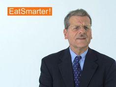 Ein Video zum Thema: Was ist an Rückständen von Tiermedikamenten so gifitg?. Sehen Sie weitere hilfreiche Videos auf EAT SMARTER!