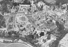 Wageningen. Luchtfoto van de binnenstad anno 1953