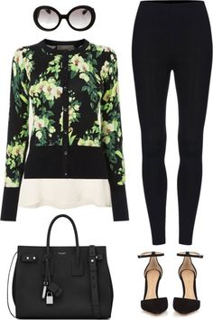 Here is the quick and easy way to dress up your leggings