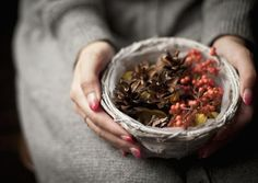 Make a Batch of Yule Simmering Potpourri: Make a batch of potpourri to simmer on your stovetop.