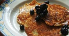 10 idei pentru un mic dejun dietetic Pancakes, French Toast, Breakfast, Food, Morning Coffee, Essen, Pancake, Meals, Yemek