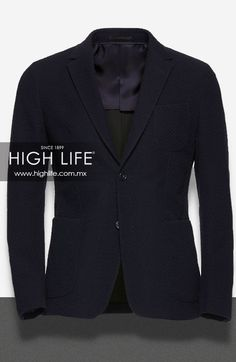 Tipo de saco universal; para estatura alta abrocha los dos botones, y para estatura baja solo el primero. #HighLife #ZZegna