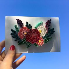 """Quilling flowers design made with quilling rose quilling leafs all_art_21 on Instagram: """"When i start to make this floral design, i was afraid a little bit about the time when i will have to make the rose🙈But, Svetlana (@qll_art…"""" Quilling Comb, Neli Quilling, Paper Quilling, Quilled Roses, Quilling Flowers, Paper Flowers, Board Game Geek, Board Games, Welding Projects"""