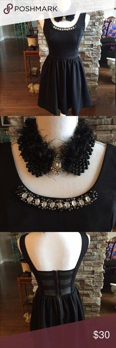 "Princess Vera Wang dress Princess Vera Wang dress with jeweled neckline, 31"" long Vera Wang Dresses Midi"