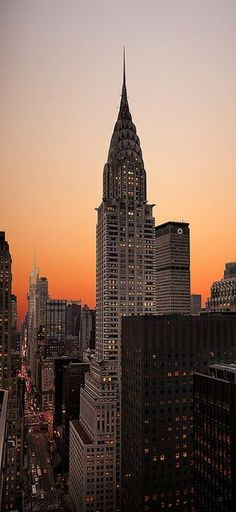 Chrysler Building, Manhattan, New York City, United States.…reépinglé par Maurie Daboux.•*´�