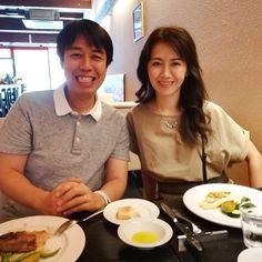 今日は13年目の結婚記念日2月には乳がんの手術をした夫晃一郎も先日の定期検査でも異常なしだったそうで本当に命があることがありがたいと感じています披露宴をしたあの日には想像もつかなかったこれまでの二人の人生新聞社辞めて世界一周もしたし長いこと不妊治療にも協力してくれたし私の実家を直して一緒に住んでくれたりといつも私のやりたいことを最優先にしてくれてきました(長男x一人っ子という私にとってはベストな組み合わせ)でも一番大切なのはチミが生きていてくれることですこれからもこうして毎年お祝いできますよう楽しく頑張ろう頼んだで . After 13 years since our wedding ceremony you are still the best thing that has happened in my life mah bebeh!  I was so afraid of the idea of losing him when he was diagnosed with breast cancer last year and had a mstectomy in…