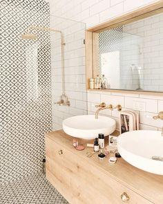 bathroom inspiration modern bathroom style inspiration Tips For Bathroom Design You might be buildin Feminine Bathroom, Minimal Bathroom, Small Bathroom, Bathroom Wall, Bathroom Ideas, Neutral Bathroom, Washroom, Bathroom Organization, Boho Bathroom