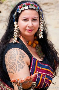 Mathura (Amesbury, MA). Photo by Dreamer's Realm Photography. (plus size belly dance ♥)