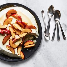 Treat this spoonable dessert as a vehicle for piles of your favorite peak-season fruit. Swap out nectarines for plums, peaches, cherries, or blackberries. Ricotta, Food Menu, A Food, Gluten Free Desserts, Dessert Recipes, Memorial Day Desserts, Panna Cotta, Nectarine Recipes, Roasted Strawberries