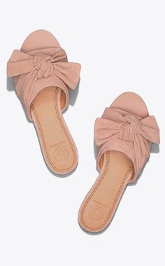 Visit Tory Burch to shop for Annabelle Suede Bow Slide and more Womens Sandals. Find designer shoes, handbags, clothing & more of this season's latest styles from designer Tory Burch. Tory Burch Sandals, Suede Sandals, Bow Sandals, Bow Slides, Wedding Shoes Heels, Sneaker Heels, Sneakers, Bow Flats, Try On
